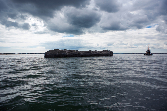 Nowhereisland under tow. Image courtesy of Alex Hartley.